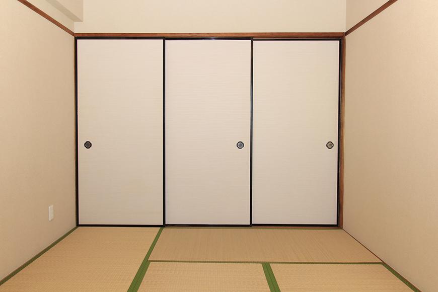 閉め切った和室はこのような感じです_MG_9872