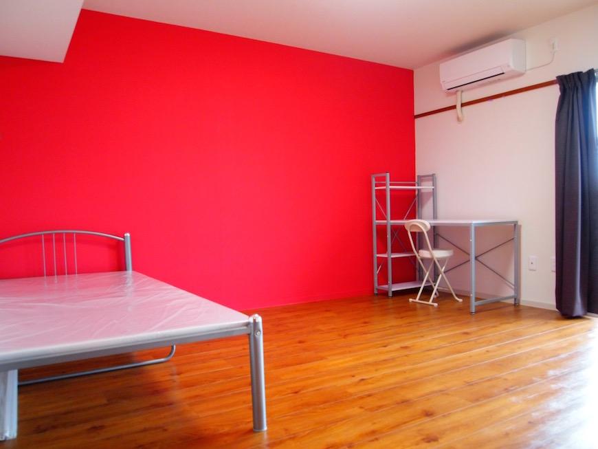個室部分も広々、嬉しい家具つき!