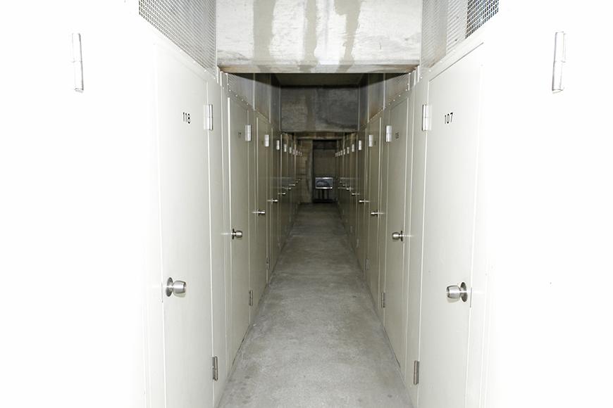ずらっと並んだ個別のロッカールームです_MG_9009