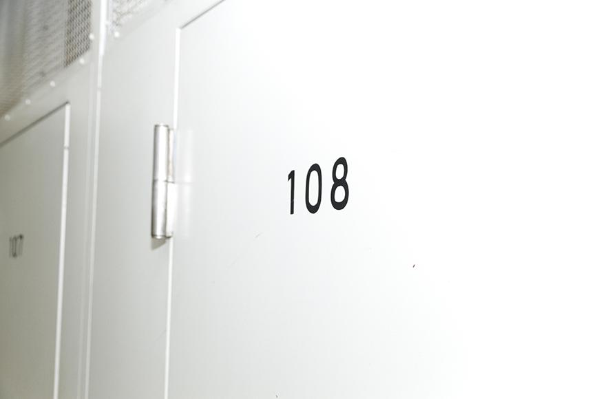 各部屋用の個別ロッカーです_MG_9010