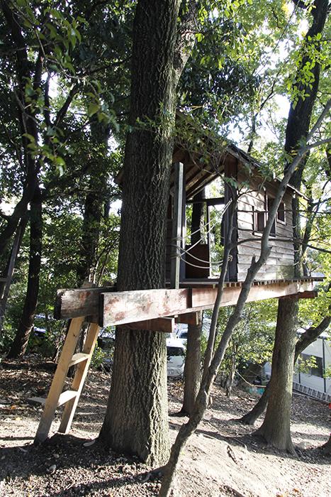 『山里学童クラブ』の立派なツリーハウス!_MG_9534