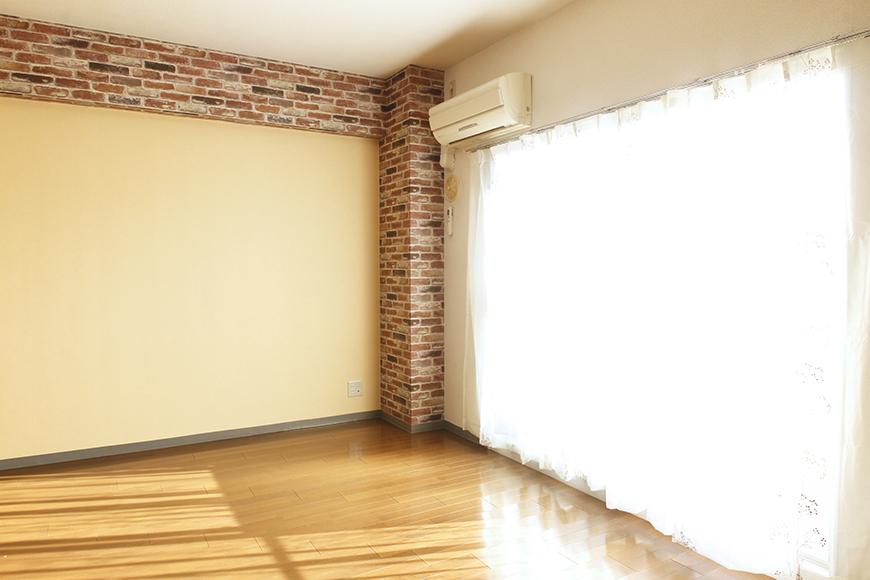 【302号室】しっかりと光が差し込むので部屋全体が明るいです_MG_0256