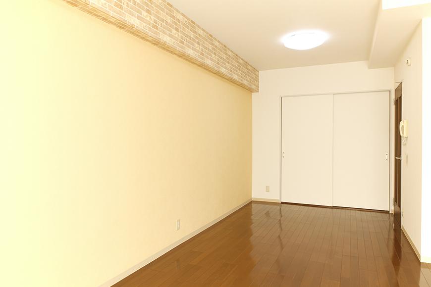 黄色の広い壁も大きな特徴の一つです_MG_0359