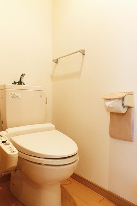 ウォシュレットつきトイレです_MG_9061