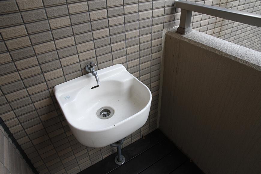 水道も使えるので、ガーデンングの水やりにも便利です_MG_9093
