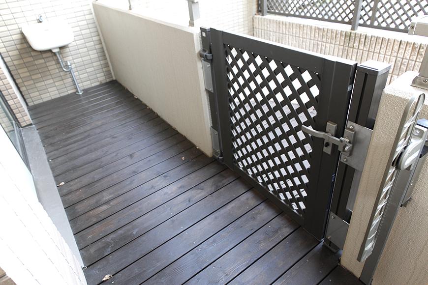 バルコニーには扉があります_MG_9129
