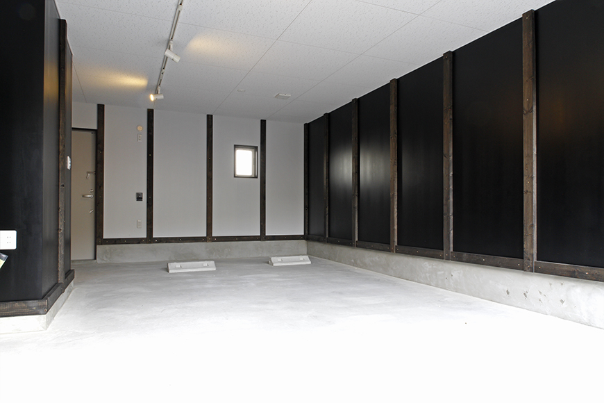 A3号室のガレージ内も広々快適スペース!_MG_9233s