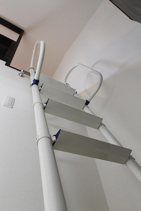 ハシゴ階段を上って、いざ!ロフトへ、GO!_MG_9304s