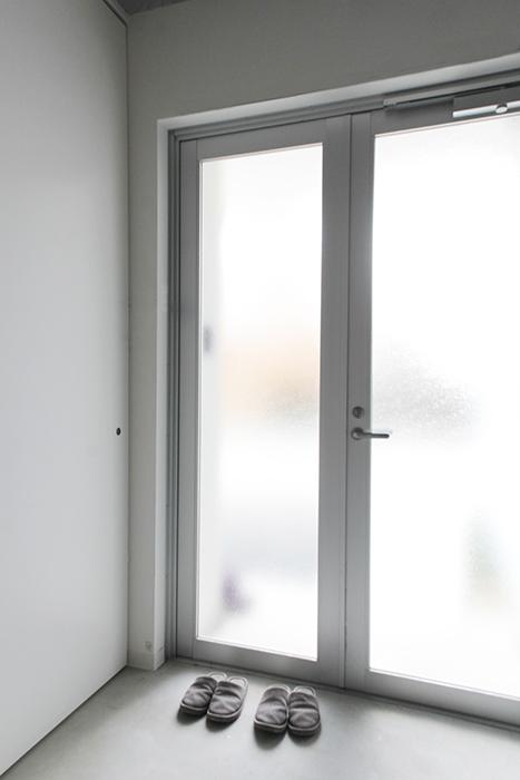 シンプル・スッキリ・クールな【01/HY】の玄関です_MG_2120