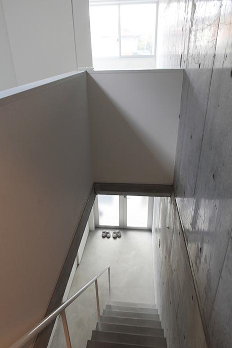 階段を上りきり、2階からの眺めです_MG_2152