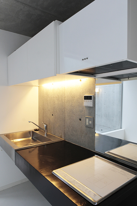 キッチンはこのような感じです。シンプルでカッコイイ!_MG_2169