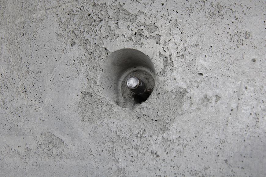 自由に壁のセパ穴を活用して棚などの設置☆生活空間を創りましょう!_MG_2229