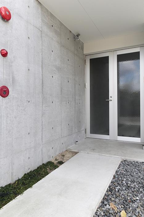 【01/HY】の玄関前です_MG_2331