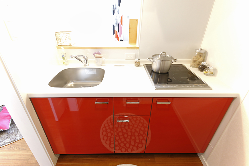 人気の赤色のキッチンです_MG_9507