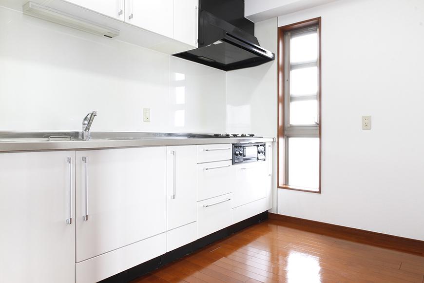 キッチンも床もピッカピカ☆広々快適キッチンスペースです♪_MG_0505