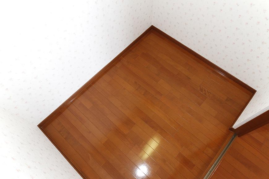 収納スペースの中に、すっぽり入り込んで撮影!まだまだ余裕アリアリのクローゼット_MG_0944