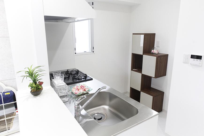 白を基調とした、清潔感溢れるキッチン!_MG_4880