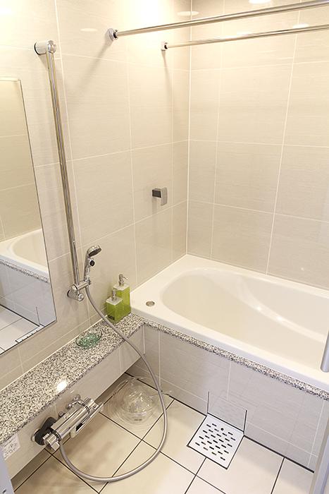 バスルームもリラックス空間です♪_MG_5008