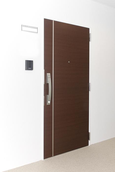 各部屋の入り口のドアはご覧の通り_MG_5347