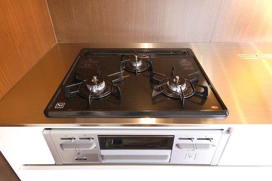 システムキッチンの3つ口コンロ!_MG_6635s