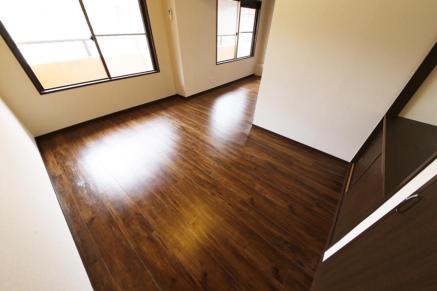 重厚で渋くてステキな洋室です!_MG_6713s
