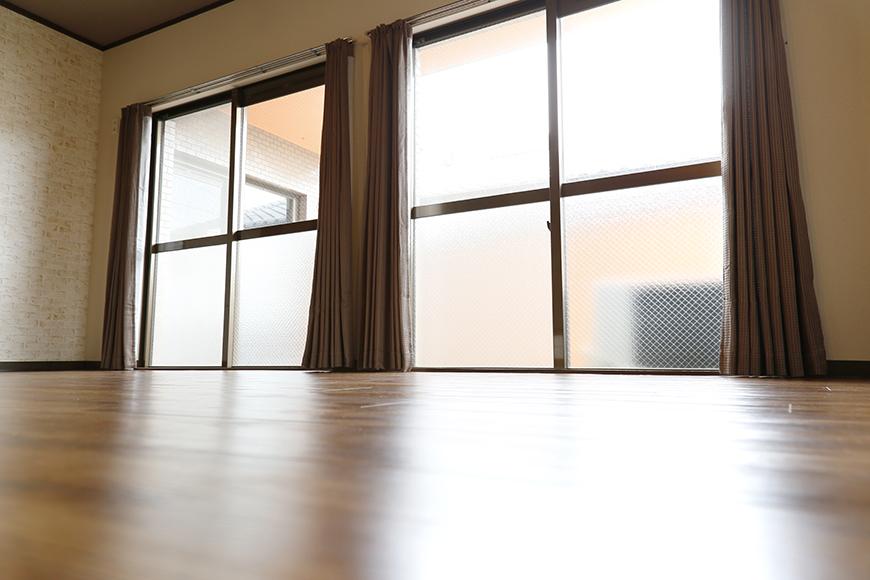 居住スペースの中に多くの光を取り込む窓!_MG_7094s