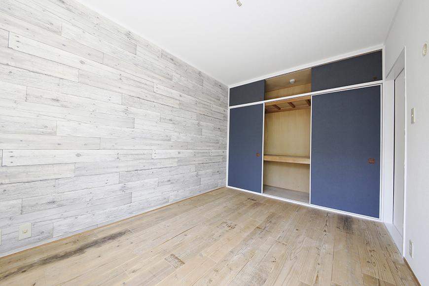 素敵な壁紙の向こう側、大きな押入れ収納・天袋あります!