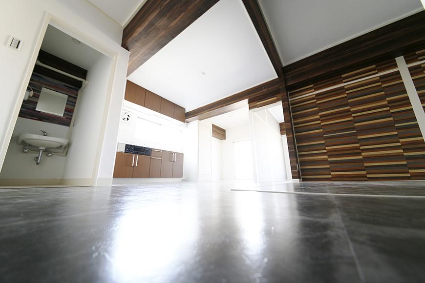 シーズンコート菊園_40D号室は床も天井もオススメのポイント!