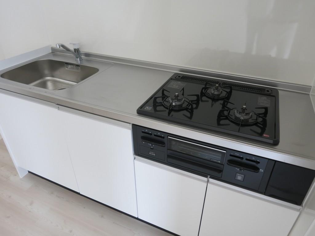 システムキッチン3口コンロ_IMG_4836