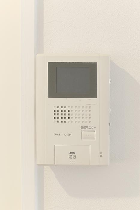 モニタ付のインターフォン完備でセキュリティ面も万全_MG_6686