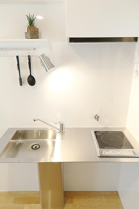 キッチン全体を見ても、ご覧の通りシンプル イズ ザ ベスト!_MG_6736