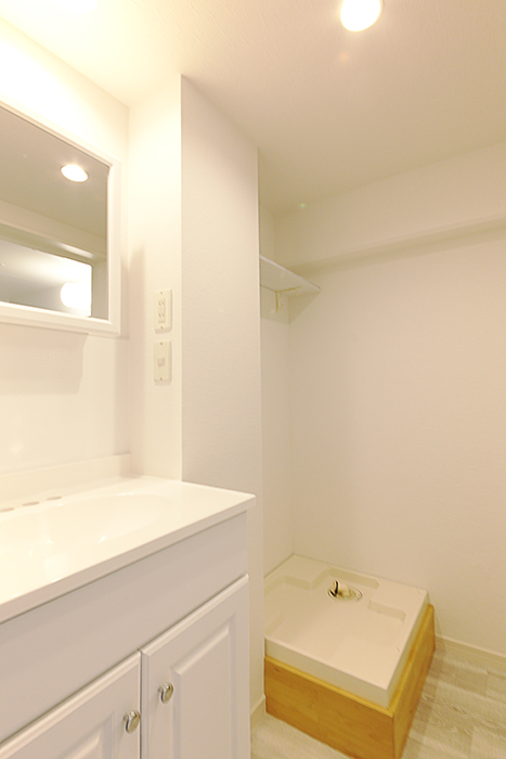 洗面台と洗濯機置き場です_MG_8867