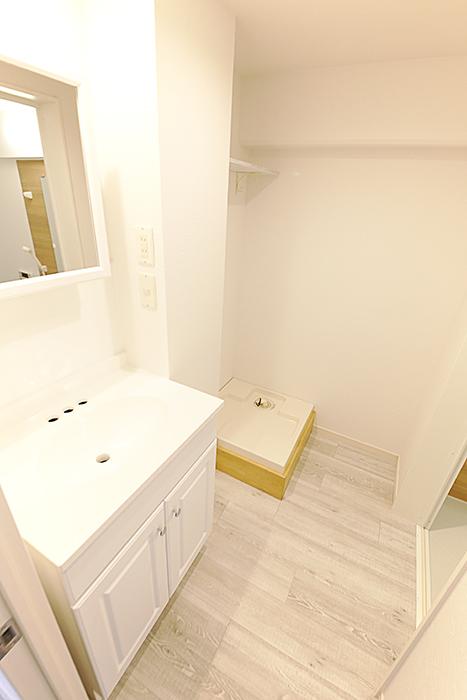 洗面台と洗濯機置き場です_MG_8873