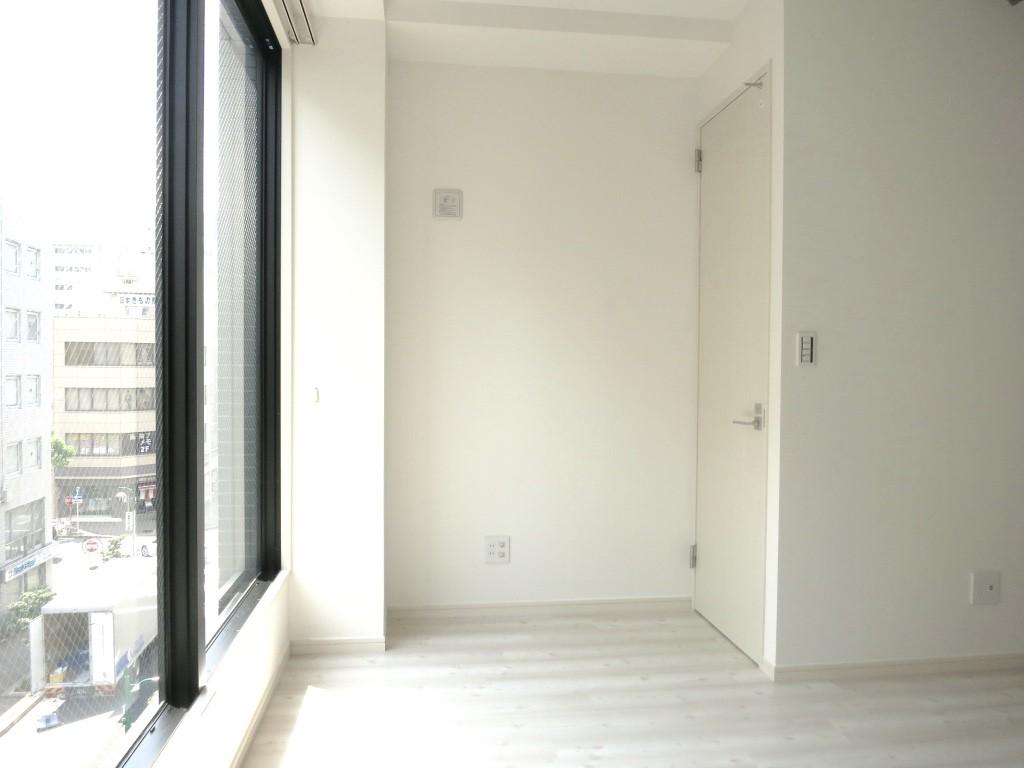 窓際で日向ぼっこ_thumb_IMG_4800_1024