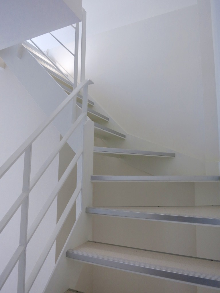 明るい階段_thumb_IMG_4849_1024