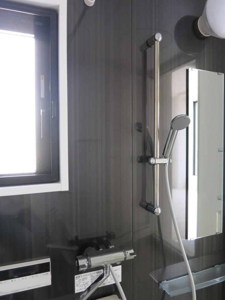 バスルームのダークブラウンお洒落な壁_thumb_IMG_4874_1024