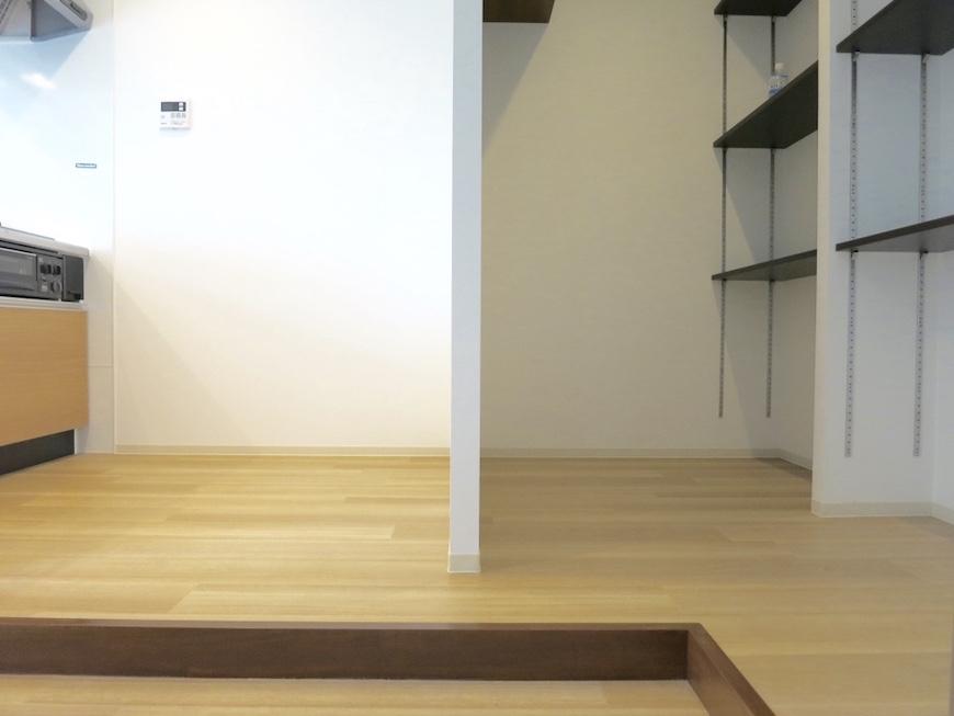 31:キッチン&収納セパレートな風景_4997_1024