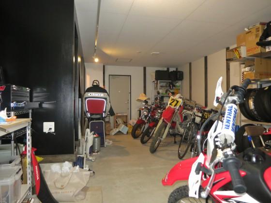 IMG_5185_rth あなた好みのガレージに自由にメイクアップ♪(ラ・カンパーニャ)