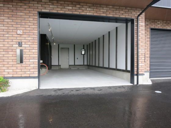IMG_5200_rth ガレージ奥行き8.19m×幅4.55mのゆったりガレージ(ラ・カンパーニャ)