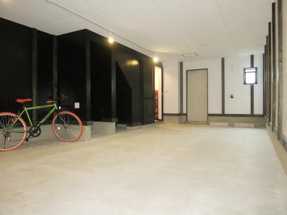 IMG_5258_rth ガレージ奥行き8.19m×幅4.55mのゆったりガレージ(ラ・カンパーニャ)
