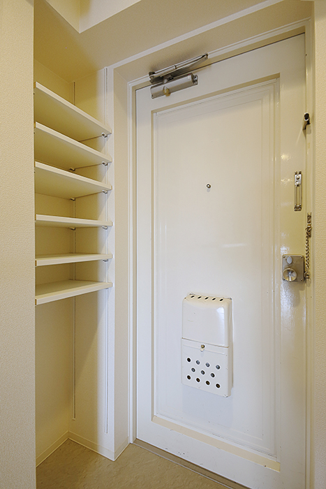 玄関にはシューズボックス完備です_MG_5081