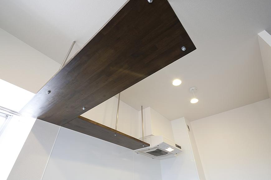 キッチン頭上のL字型の棚です☆_MG_5176