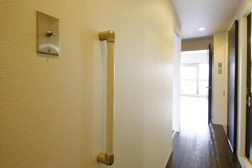 廊下には手すりがあり、  しっかりと配慮された作りになっております!_MG_5449