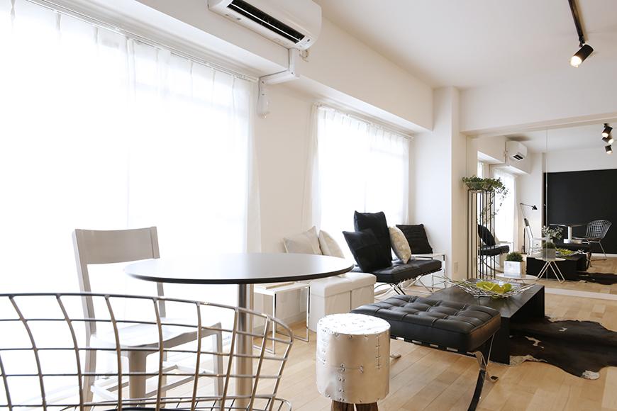13帖のLDKは窓も大きくとられていて、白を基調としたモダンなお部屋は明るく広々☆_MG_8515
