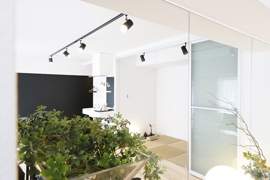 サロンやプチ・ヨガレッスンのスタジオとしての利用なんてのも、とってもアリなこの鏡☆_MG_8674
