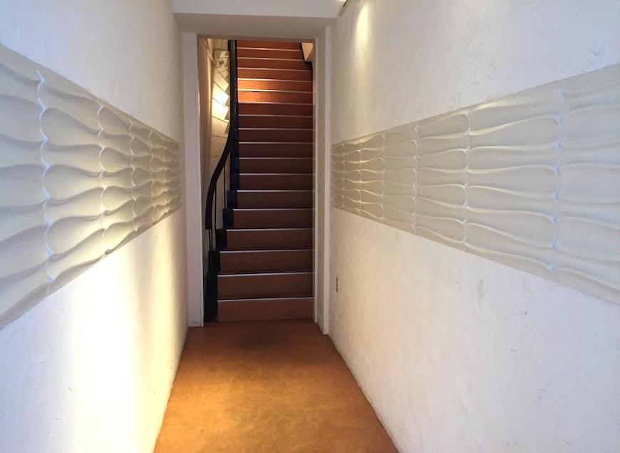 アテコパリジェンヌ_共有廊下・1階の階段部分_1128