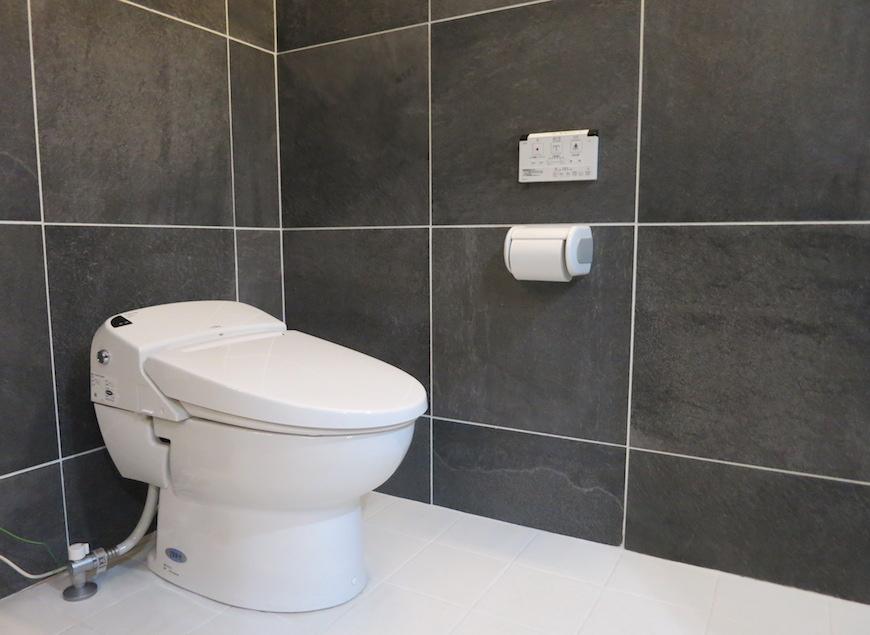 ホテルのようなトイレ_5729