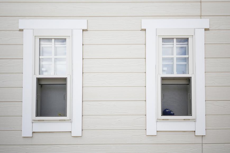 シェッドルーフの名前の由来にもなっている出窓です_MG_3074