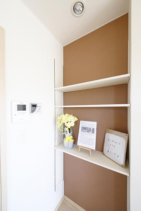 LDKにも自由に使える棚があります。素敵に飾って下さい☆_MG_3173
