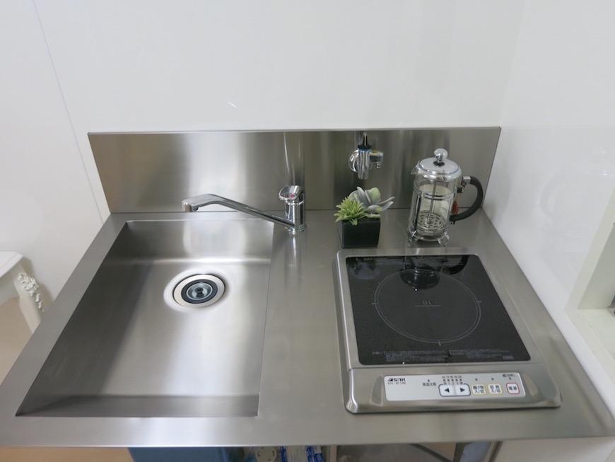 デザイン性の高いキッチンIMG_5943